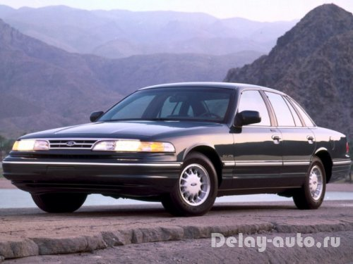 Ford Crown Victoria 2