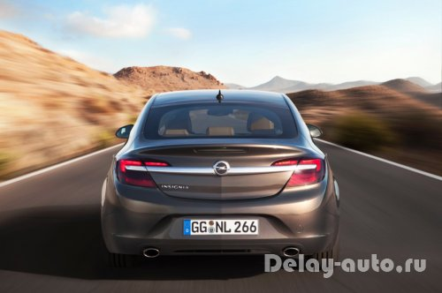 Новый Opel Insignia и Lexus IS